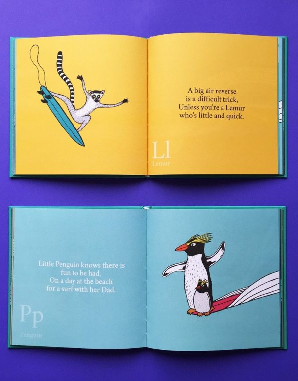 The Surfing Animals Alphabet Book - Jonas Claesson